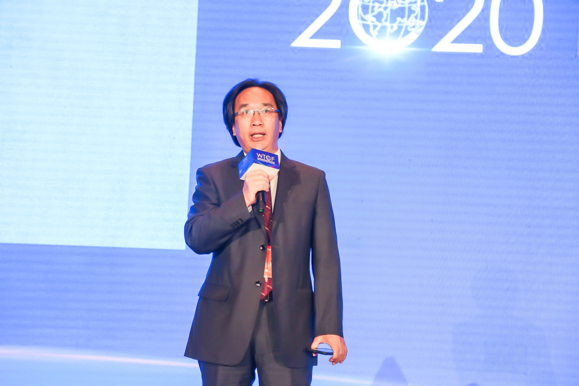 Tiger Wu, WTCF Expert, Professor of Peking University, is moderating a thematic forum. The theme of the forum is: Tourism as a catalyst for the revitalization of the world economy.